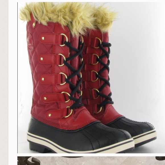 8e587de0 Sorel Tofino CVS Chili Pepper Boots. M_5a8a70f92ab8c59f6c7ecdca